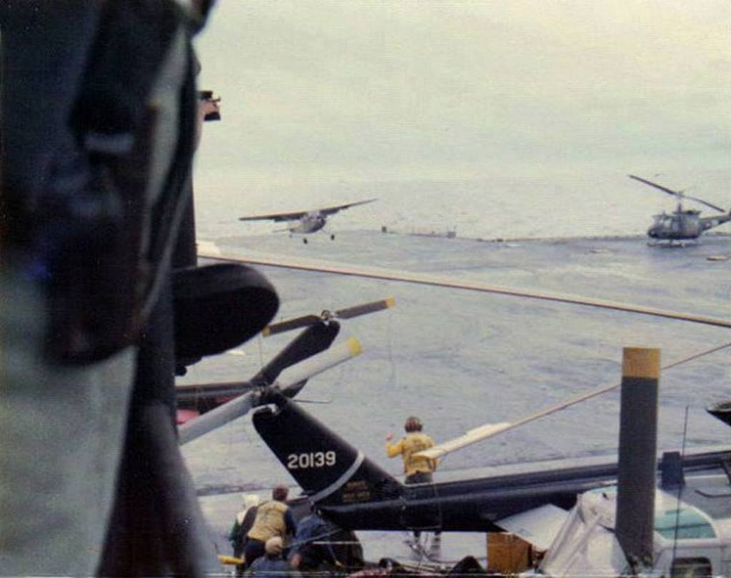 1975_vietnam_air_force_pilot_major_buang-ly_lands_a_cessna_aboard_uss_midway_to_save_his_family.jpg