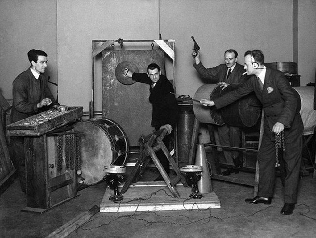 1927_bbc_sound_effects_department.jpg