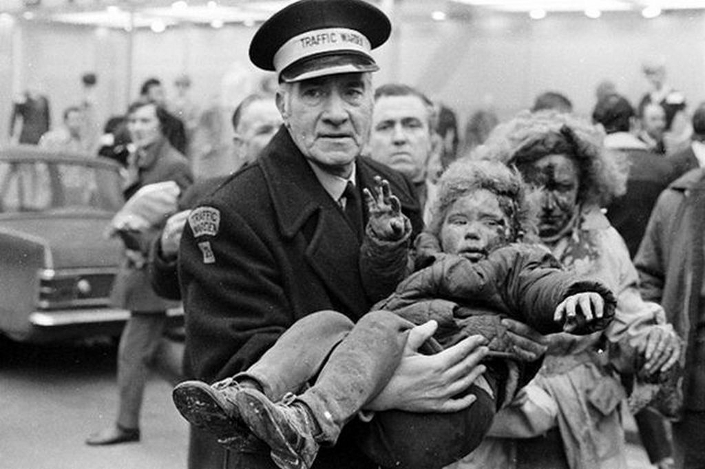 1972_a_young_boy_being_carried_out_of_the_abercorn_restaurant_in_belfast_in_1972_during_ira_bombing_campaign_against_protestant_civilians.jpg