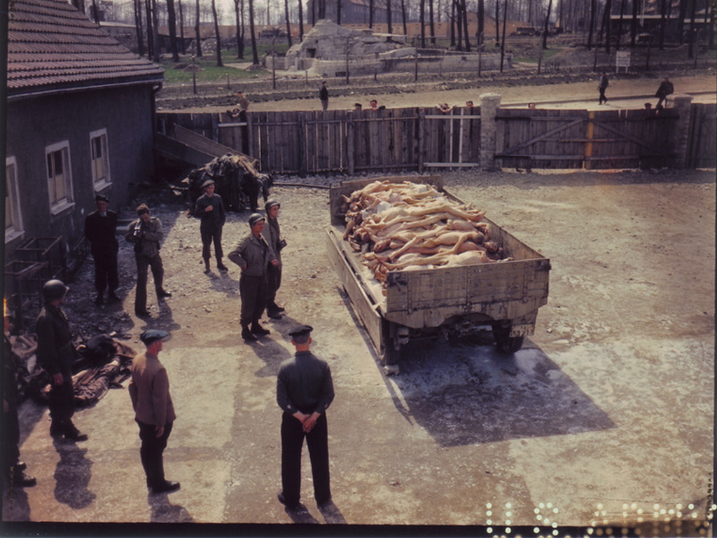 1945_aprilis_18_wagon_of_corpses_outside_the_crematorium_at_buchenwald_concentration_camp.jpg