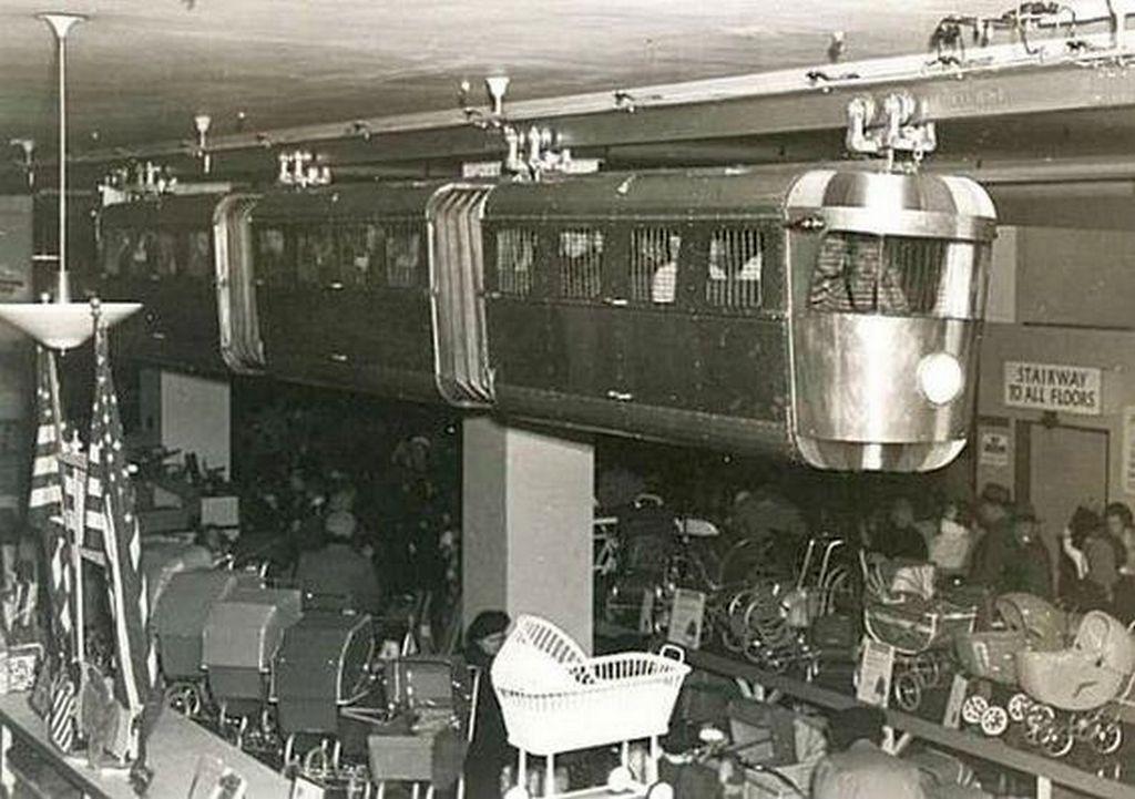 1948_monorail_ride_at_kresge_s_dept_store_newark_new_jersey.jpg