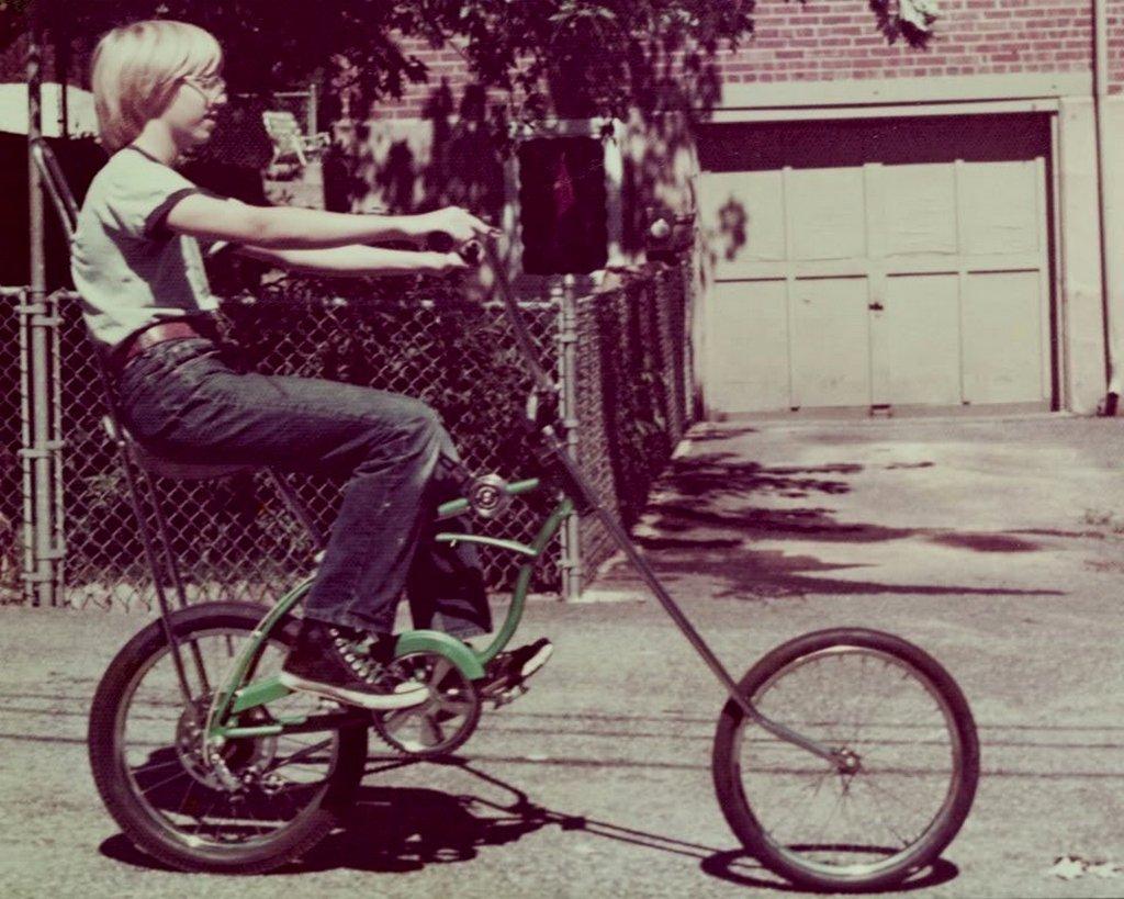 1969_bill_gates_a_biciklijen.jpg