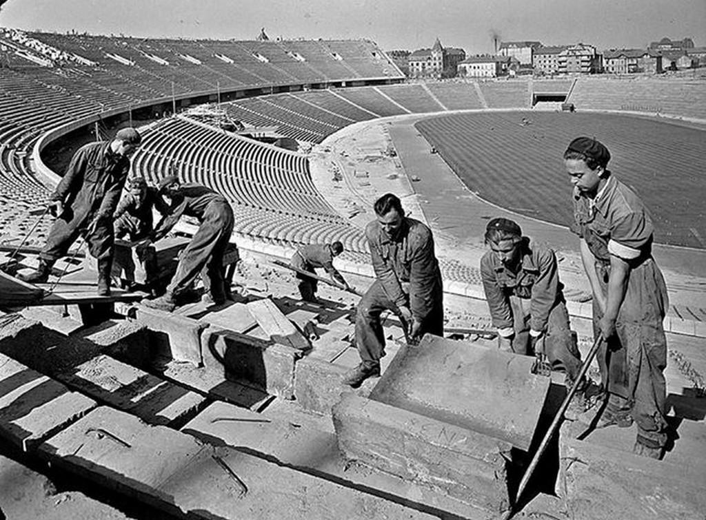 1952_a_nepstadion_epitese.jpg
