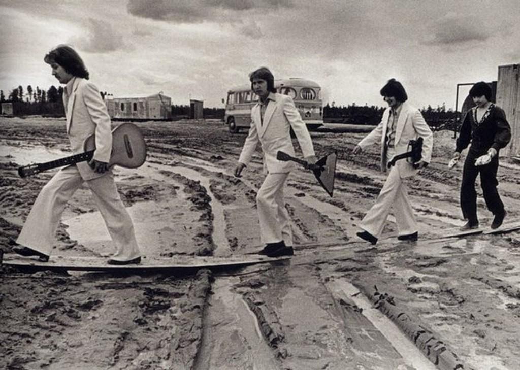 1976_a_szovjet_abbey_road_zenekar_egy_szurguti_fellepesen.jpg