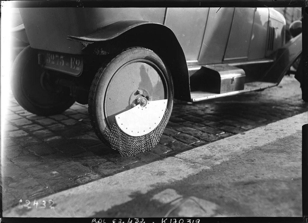 1912_vizsgalatok_az_oldalso_froccsenes_elleni_vedelemhez_parizs.jpeg