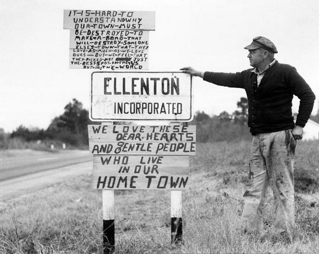 1950_ellenton_sc_in_1950_just_before_the_town_was_razed_in_order_to_construct_the_savannah_river_plant.jpg