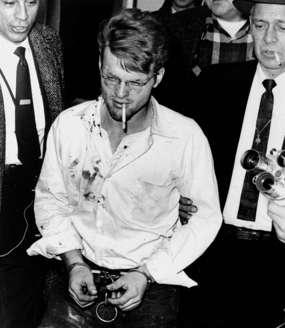 1958_februar_1_handcuffed_spree-killer_charles_starkweather.jpeg