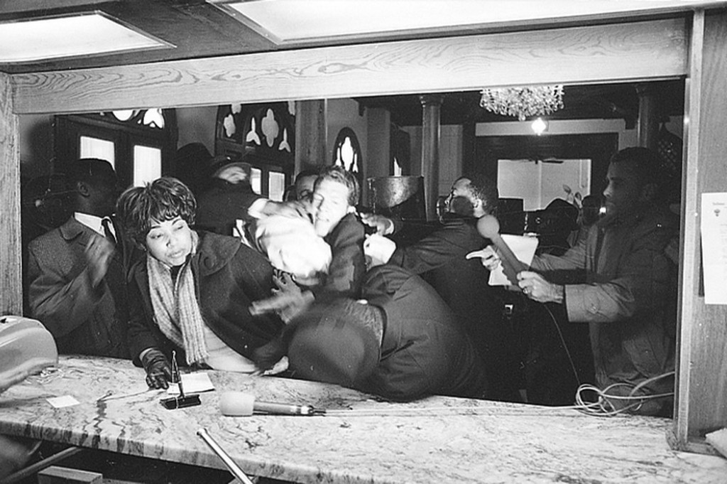 1965_januar_civil_rights_leader_dr_martin_luther_king_jr_is_attacked_by_states_rights_party_member_jimmy_robinson_as_king_tries_to_register_at_the_hotel_albert_in_selma_alabama.jpeg