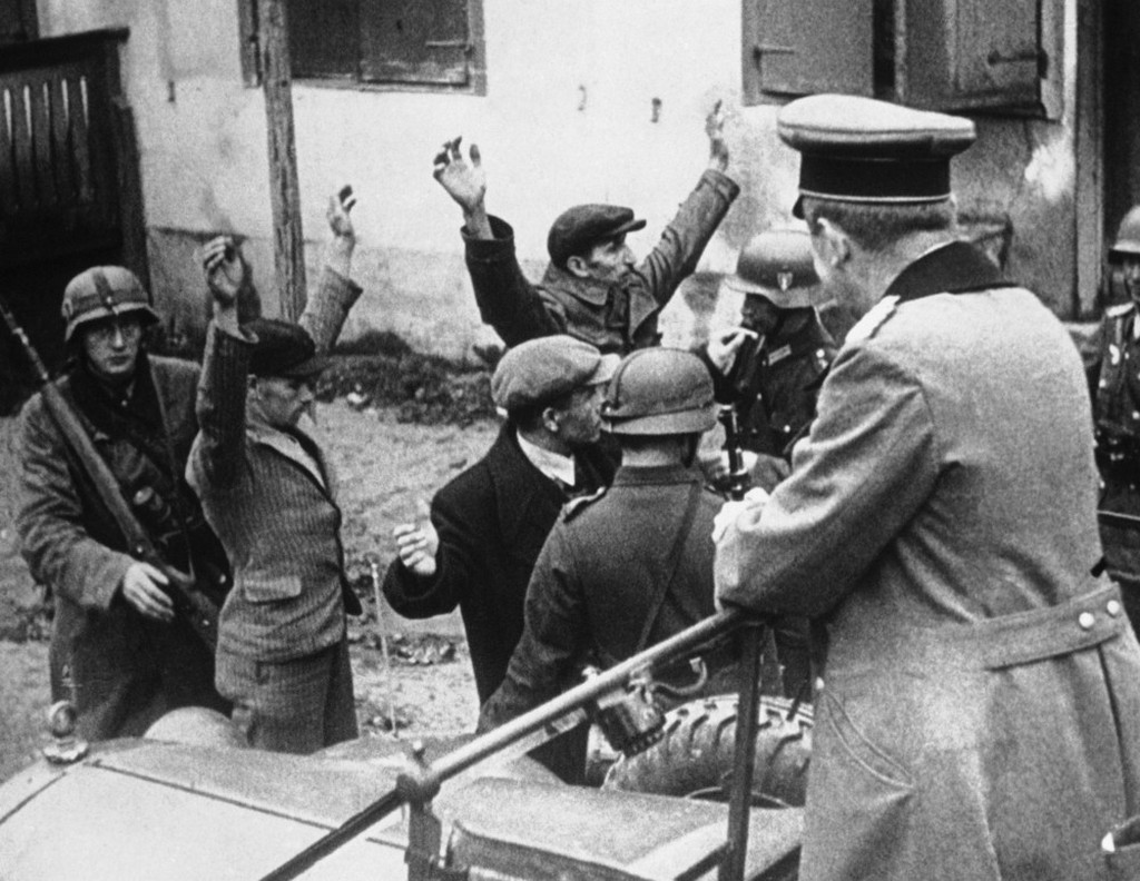 1939_szeptember_german_troops_swept_into_this_polish_seaport_civilians_were_searched_for_arms_in_gdynia.jpeg