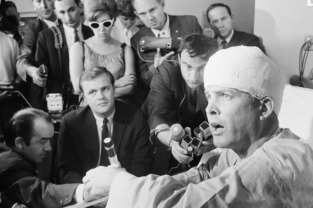 1968_junius_10_paul_schrade_united_auto_workers_union_43_hit_by_one_of_the_bullets_fired_by_sen_robert_kennedy_s_assailant_holds_a_press_conference_in_his_room_at_kaiser_hospital_in_los_angeles.jpeg