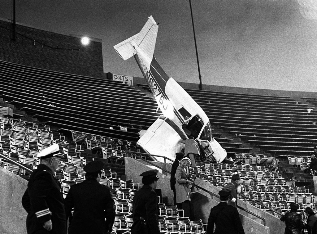 1976_december_a_plane_sits_in_the_upper_deck_of_baltimore_s_memorial_stadium_after_crashing_into_the_stands_during_a_game_between_the_baltimore_colts_and_the_pittsburgh_steelers.jpeg