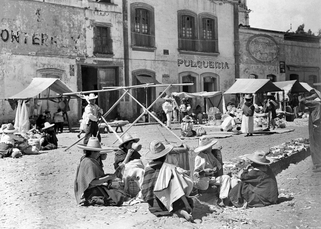 1940_mexican_market_near_toluca_about_sixty_miles_from_mexico_city.jpeg
