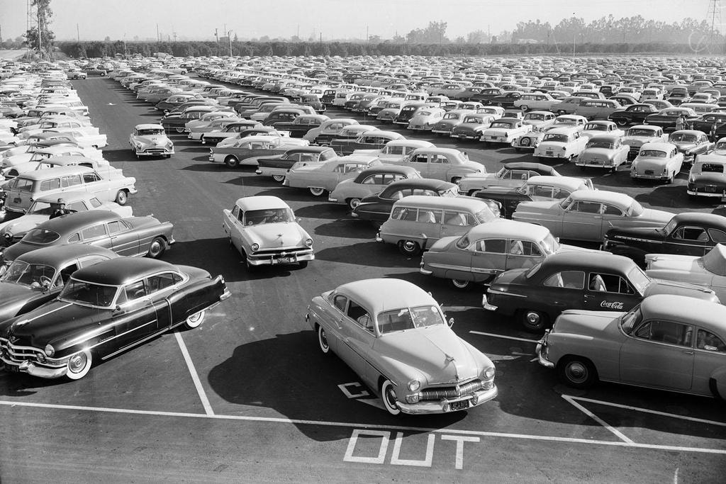 1955_julius_17_the_disneyland_parking_lot_full_on_opening_day.jpg