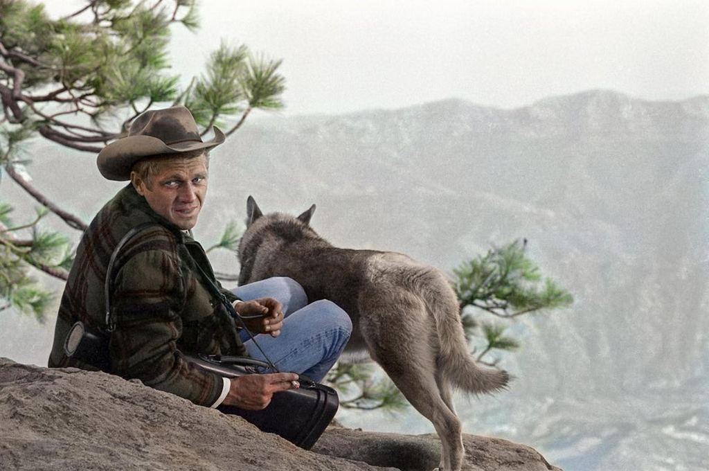 1963_steve_mcqueen_and_his_alaskan_malamute_named_mike_on_a_camping_trip_in_the_sierra_madre_mountains_california_cr.jpg