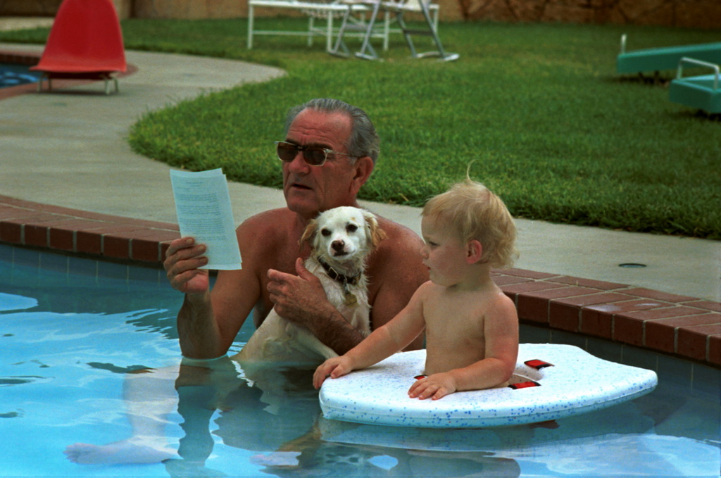 1968_president_johnson_in_the_pool_with_grandson_patrick_and_dog_yuki.jpg