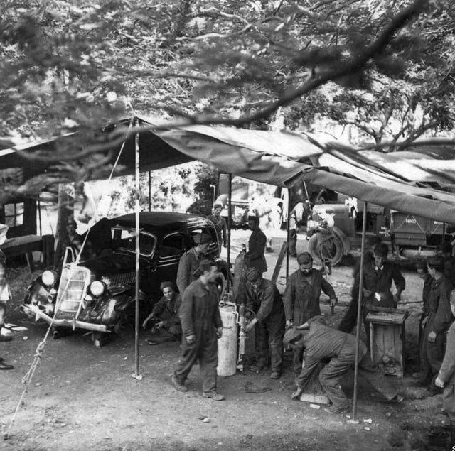 1941_italian_army_vehicle_repair_shop_in_yugoslavia.jpg