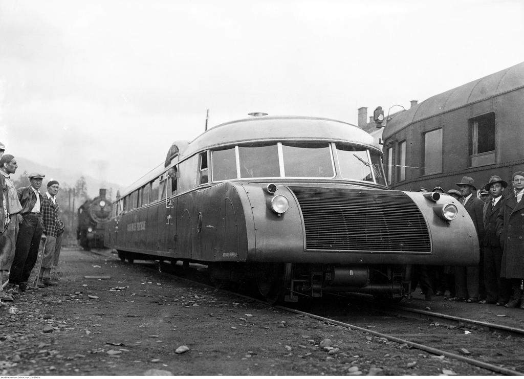 1936_express_lux-torpedo_lviv.jpeg