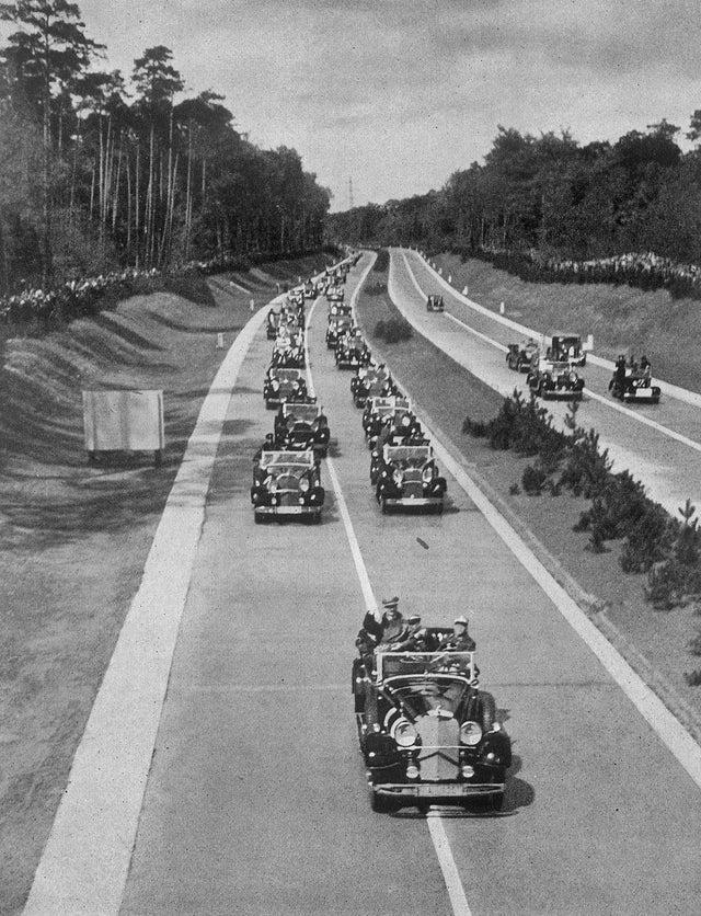 1935_majus_19_inauguration_of_the_autobahn_frankfurt-darmstadt_by_adolf_hitler.jpg