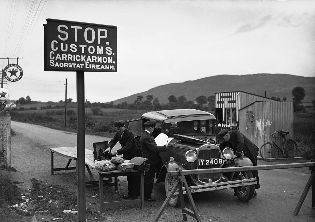 1932_a_typical_customs_post_on_the_ulster_border_northern_ireland.jpeg