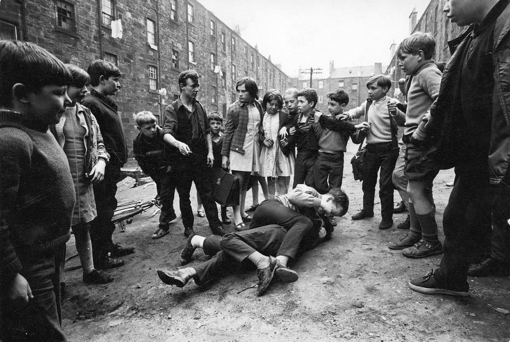 1968_street_fighting_in_the_gorbals_in_glasgow.jpeg