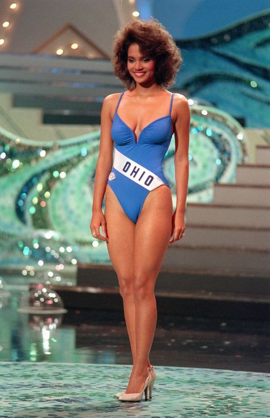 1986_halle_berry_competing_for_miss_usa.jpg