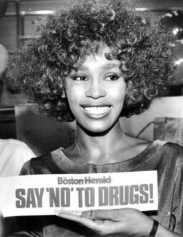 1986_whitney_houston_showing_support_for_say_no_to_drugs_campaign_in_boston.jpg