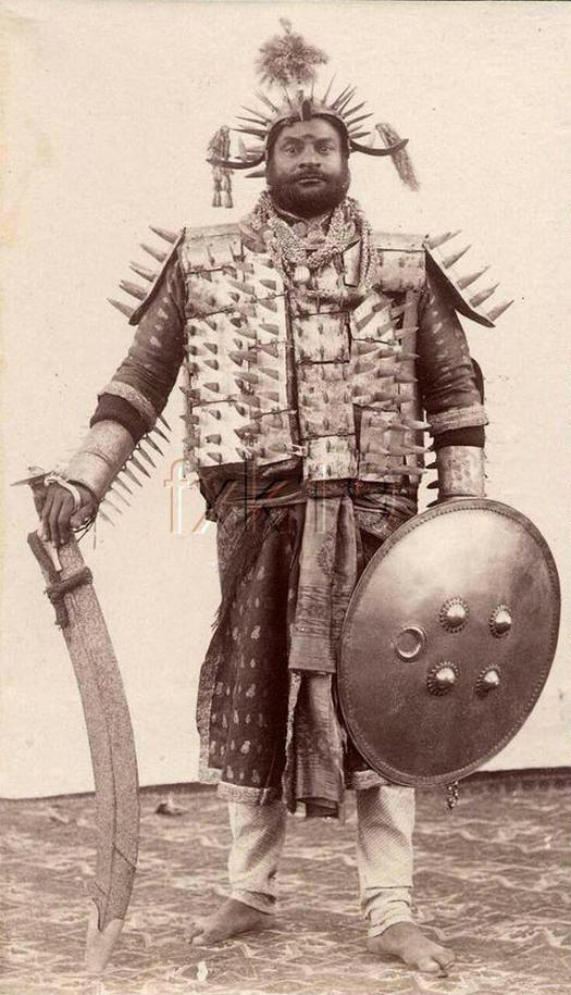 1903_garb_of_a_state_executioner_india.jpg
