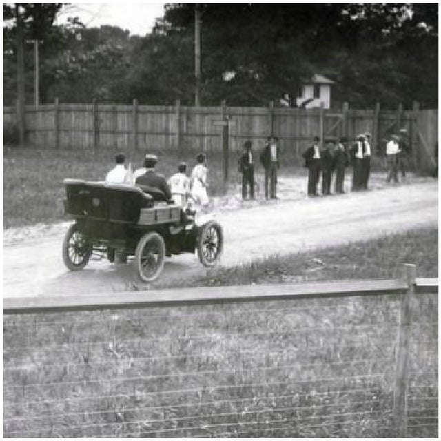 1904_american_athlete_frederick_lorz_using_a_car_to_drive_past_his_opponents_and_subsequently_win_the_1904_olympic_marathon_st_louis.jpg