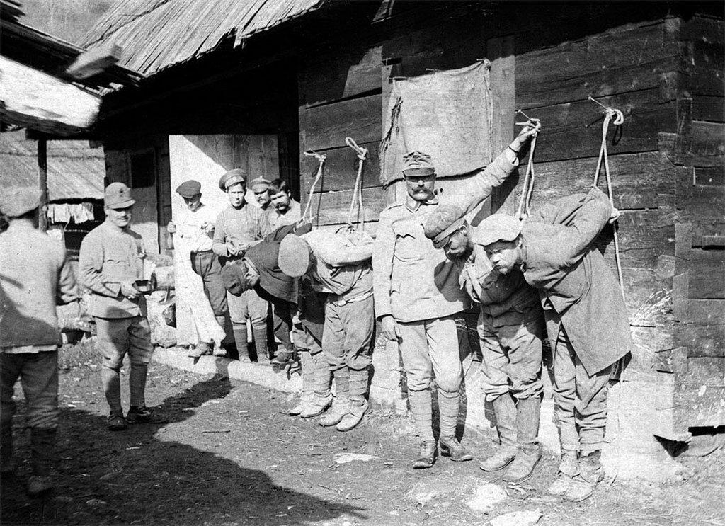 1917_bunos_orosz_hadifoglyok_buntetese_osztrak-magyar_fogsagban_az_elso_vilaghaboruban.jpg