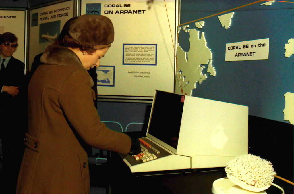 1976_queen_elizabeth_ii_became_the_world_s_first_monarch_to_send_an_email_on_arpanet.jpg