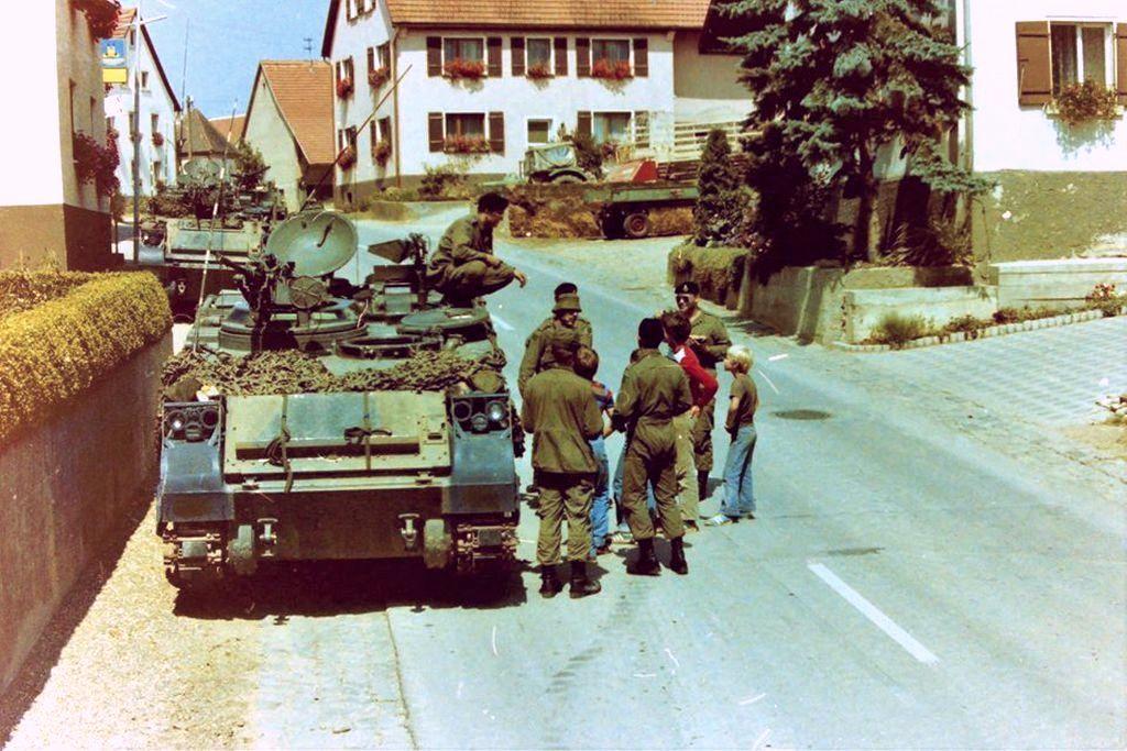 1983_kanadai_csapatok_a_nyugat-nemetorszagban_tartott_fallex_83_hadgyakorlaton.jpg