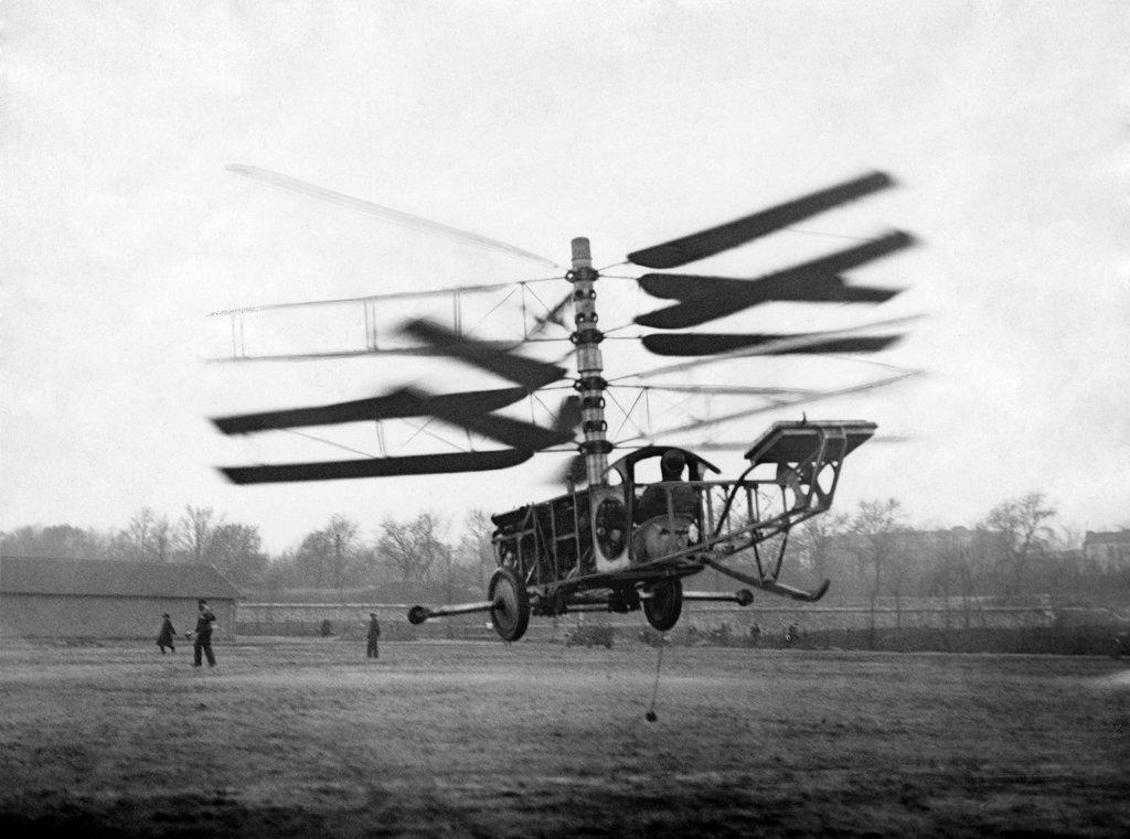 1924_peteras_pescara_korai_helikopterenek_kiserlete_parizsban.jpg