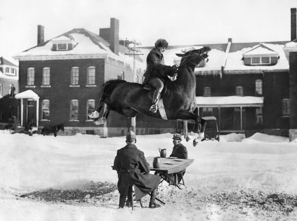 1926_at_fort_ethan_allen_in_vermont_a_horse_named_airplane_performed_a_takeoff.jpg