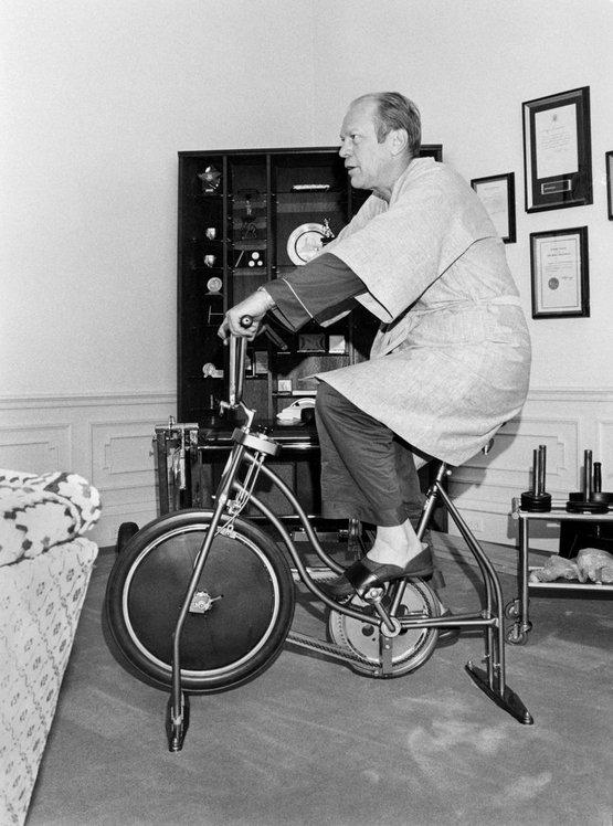 1975_president_gerald_r_ford_riding_an_exercise_bike_in_white_house.jpg