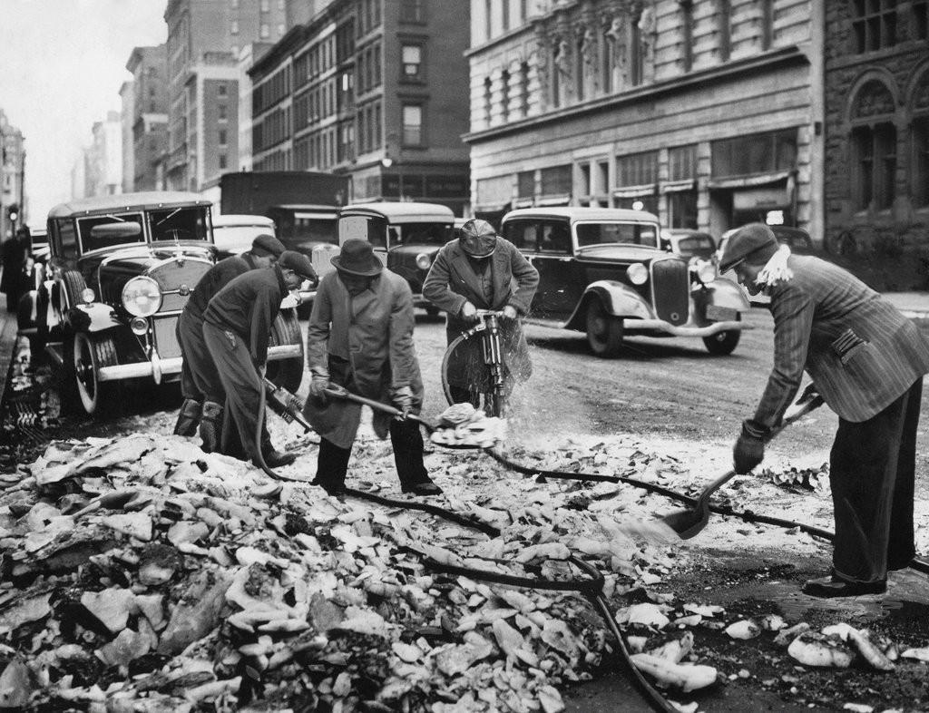 1936_torik_a_jeget_a_madison_avenue_at_60th_street.jpg