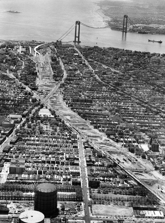 1963_a_view_of_sleepy_staten_island_and_the_bridge_the_325_000_000_verrazano-narrows_span_which_will_join_fort_wadsworth_on_the_island_with_fort_hamilton_in_brooklyn.jpg