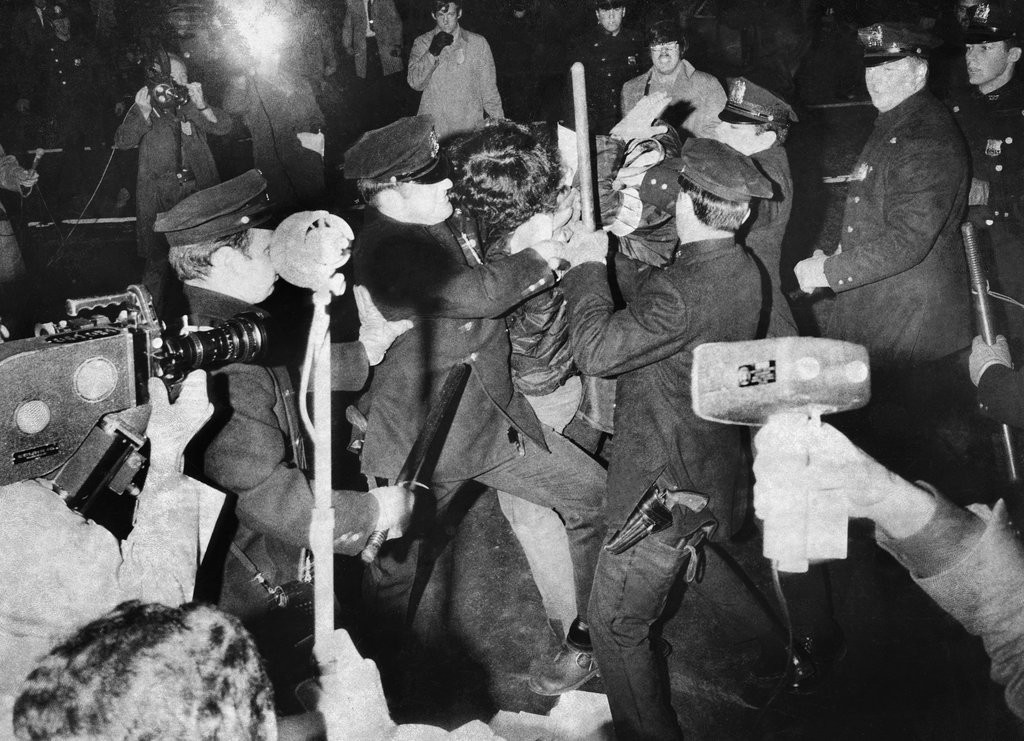 1969_bedlam_on_park_avenue_as_the_police_and_protesters_clashed.jpg