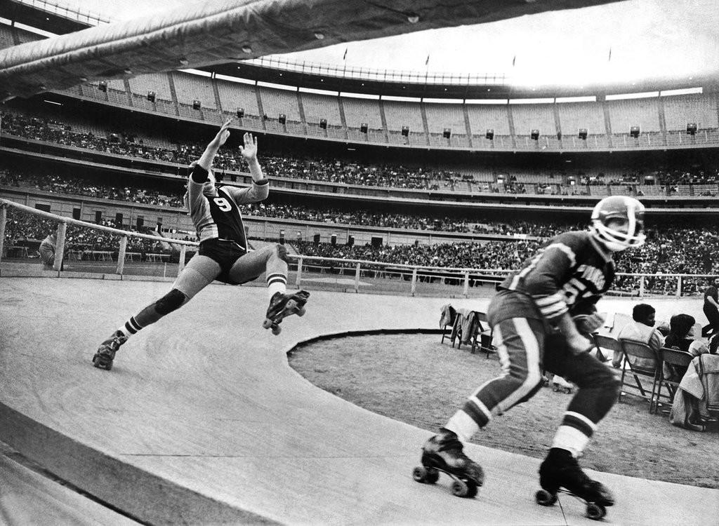 1973_a_roller_derby_triple-header_at_shea_stadium.jpg