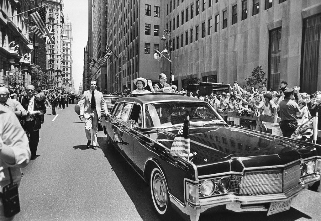 1976_queen_elizabeth_ii_came_to_new_york.jpg