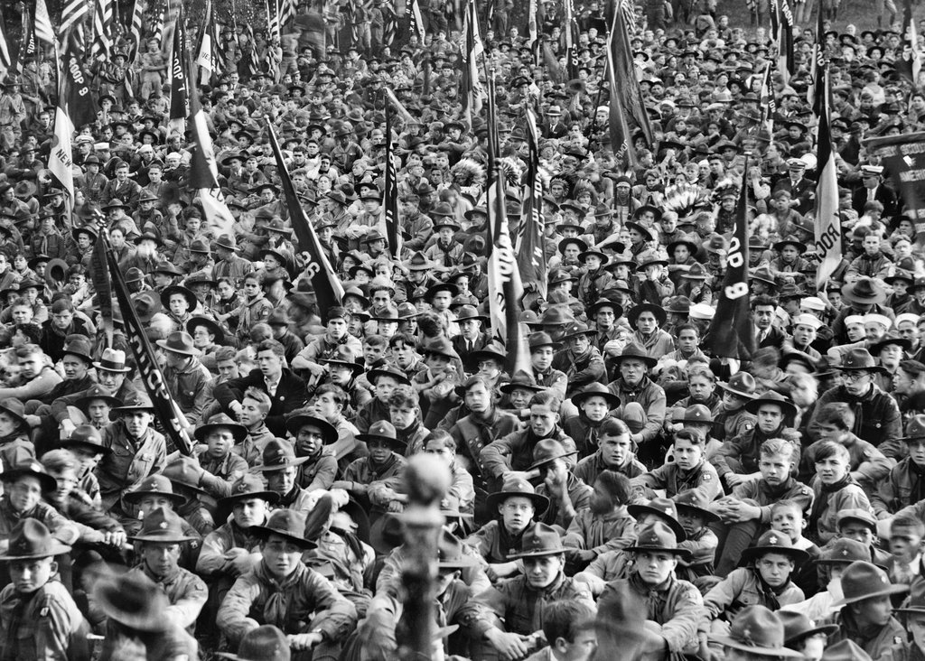 1933_6_000_boy_scouts_descended_on_long_island_in_what_was_the_largest_of_an_annual_pilgrimage_to_the_grave_of_theodore_roosevelt.jpg