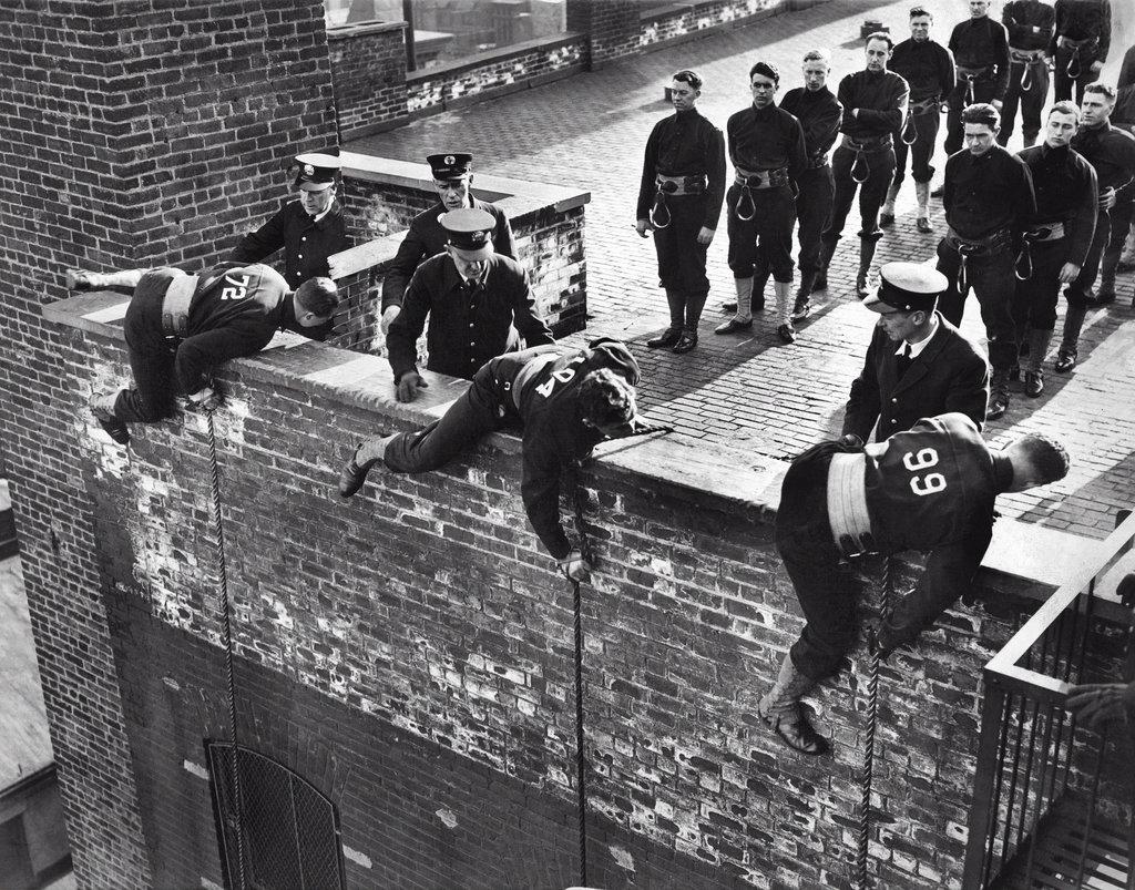 1937_firefighter_recruits_in_training_maneuvers.jpg