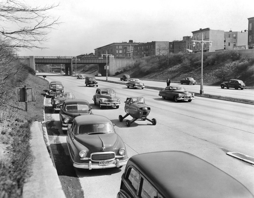 1952_egy_fulton_fa-3-101_aszfaltkepes_repulogep_a_grand_central_parkway-n.jpg