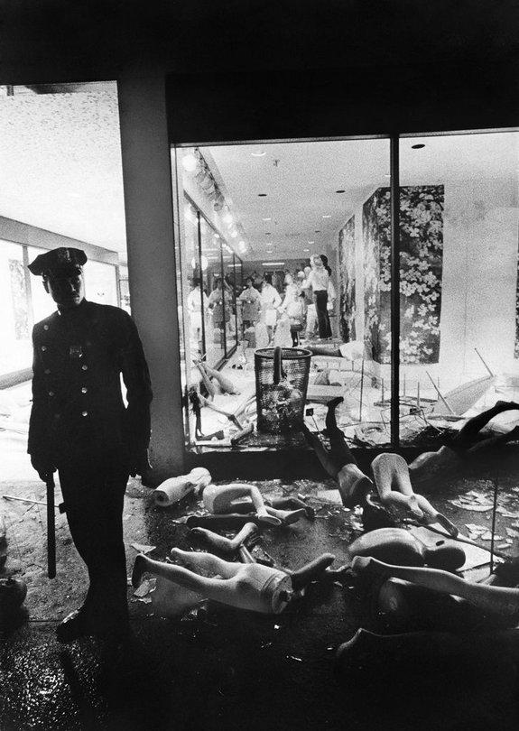1968_a_martin_luther_king_merenylet_utani_zavargasok_brooklynban_es_harlemben_aruhazi_dosztogatasokba_torkollottak.jpg