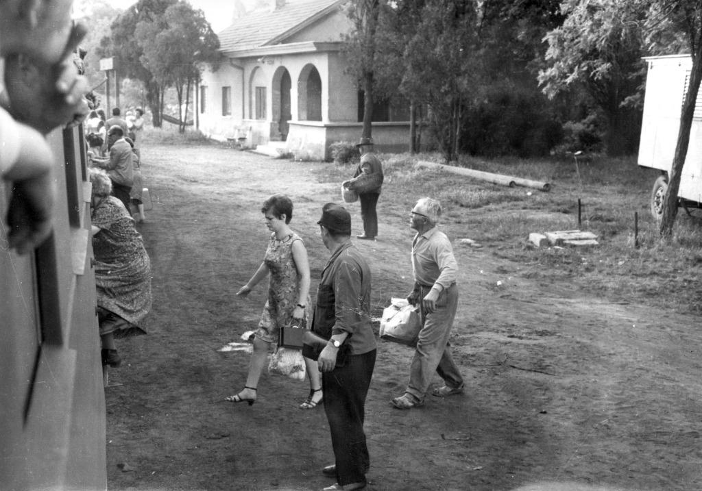 1960-as_evek_felsooreghegyi_vasutallomas.jpg