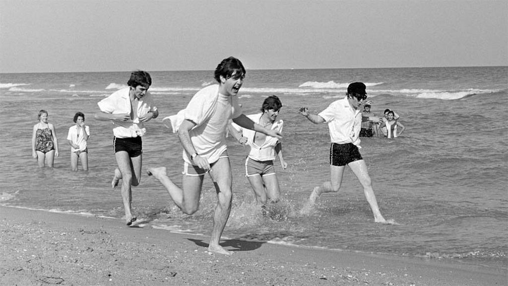 1964_a_beatles_miami_beach-en_az_egyesult_allamokban.jpeg