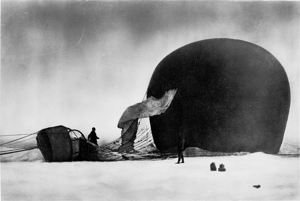 1897_recovered_photo_from_the_doomed_balloon_expedition_to_the_north_pole_by_salomon_andree.jpg