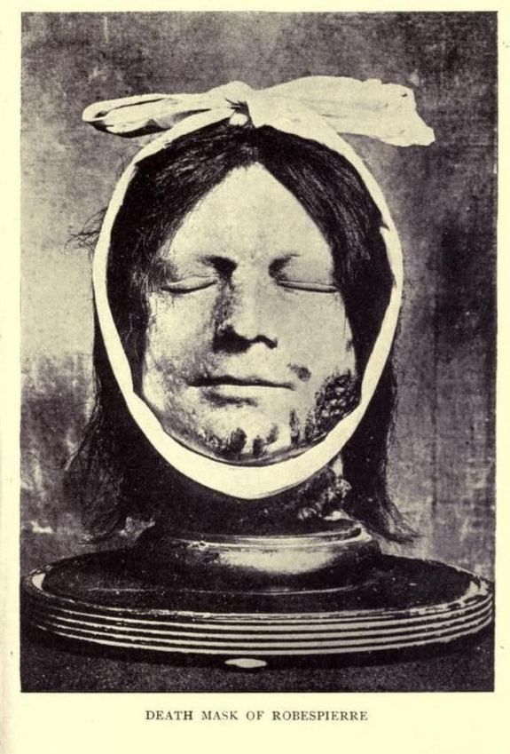 1914_the_death_mask_of_maximilien_robespierre_1758-1794_one_of_the_key_figures_in_the_french_revolution_and_the_reign_of_terror_in_1794_he_was_guillotined_along_with_169_others.jpg