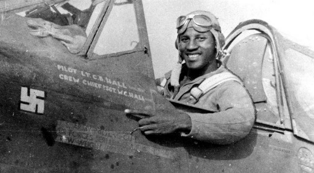1943_charles_hall_became_the_first_african-american_pilot_shoot_down_an_enemy_aircraft_in_ww2.jpg
