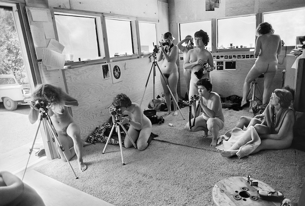 1980_photographers_at_the_ovular_a_feminist_photography_workshop_at_rootworks_wolf_creek_oregon.png