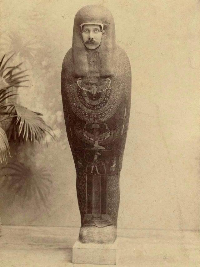 1894_austro-hungarian_archduke_franz_ferdinand_dressed_as_a_mummy.jpg